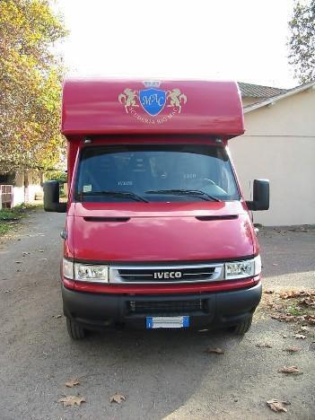 Van trasporto cavalli su Iveco Daily 35-17 (1)